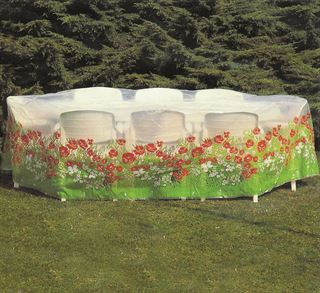 Picture of Oval Table + 8 Chair Covers